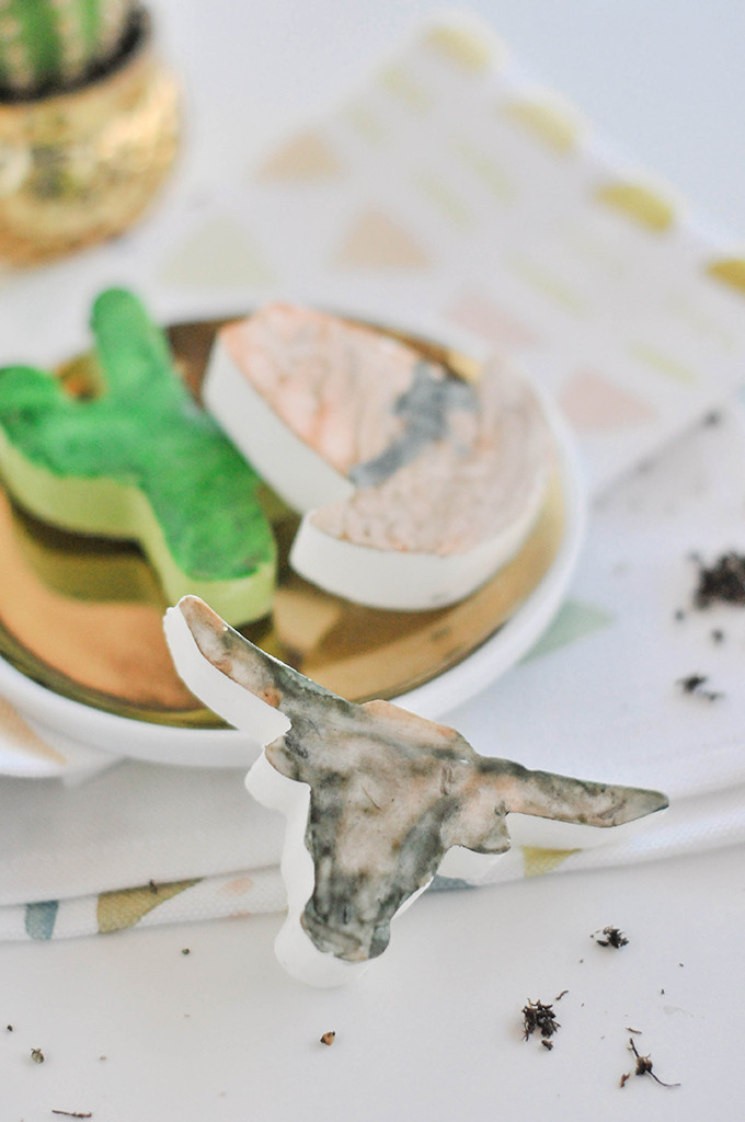 DIY Watercolor Desert Chocolates