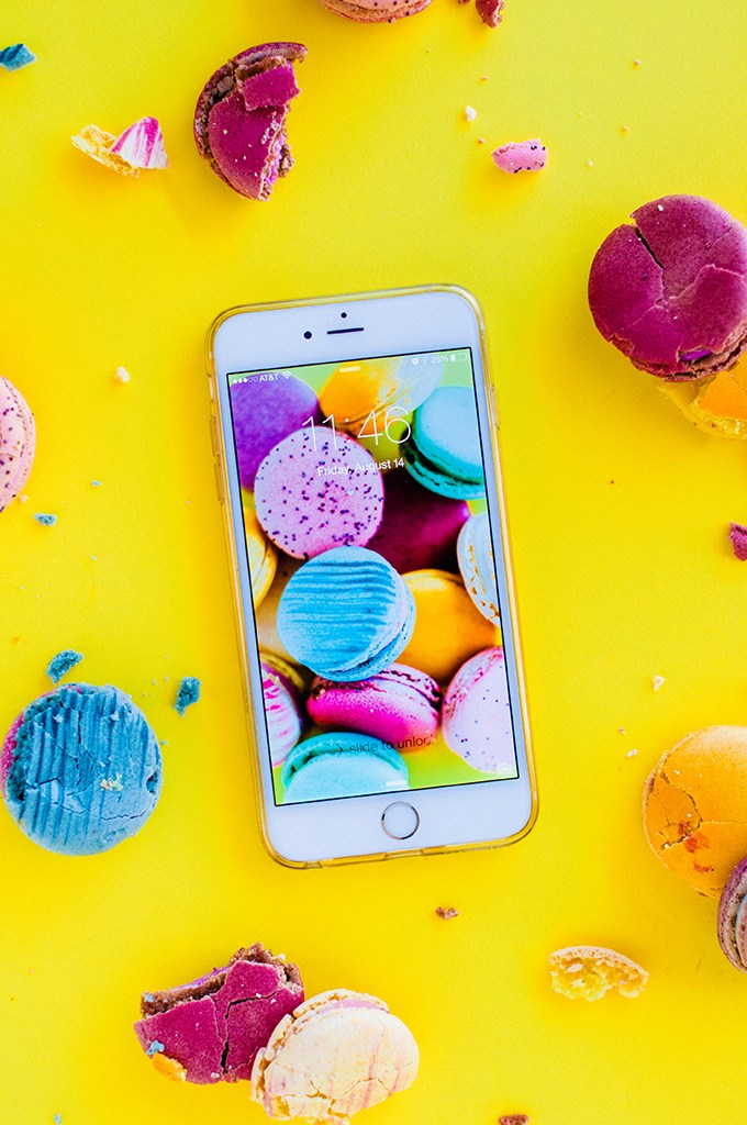 Macaron Wallpaper Download via @theproperblog