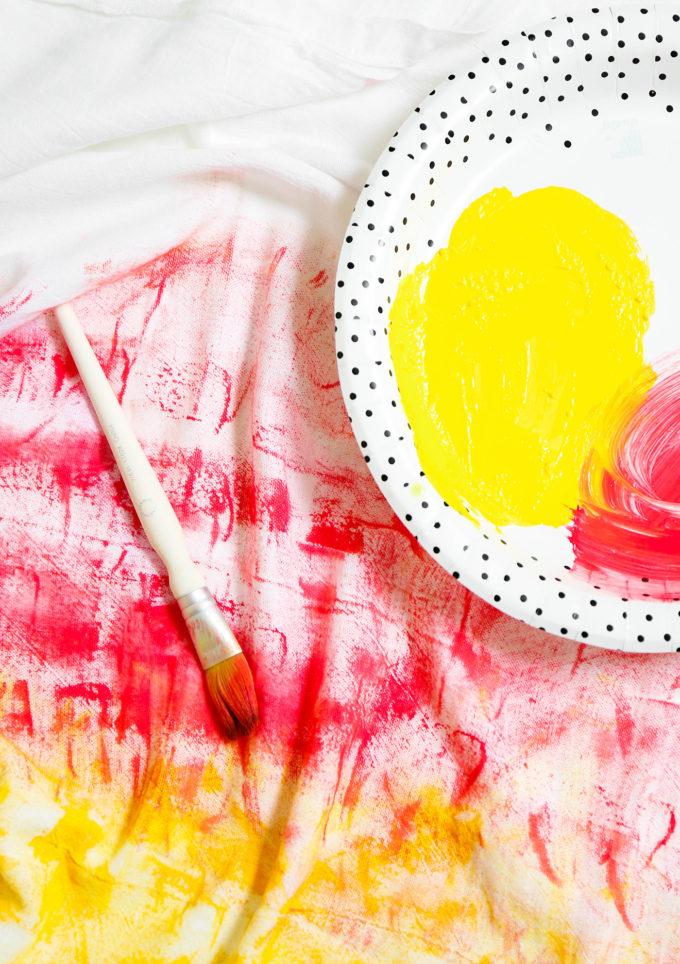 #MakeIt \\ Easy Ombre Tea Towel Hack
