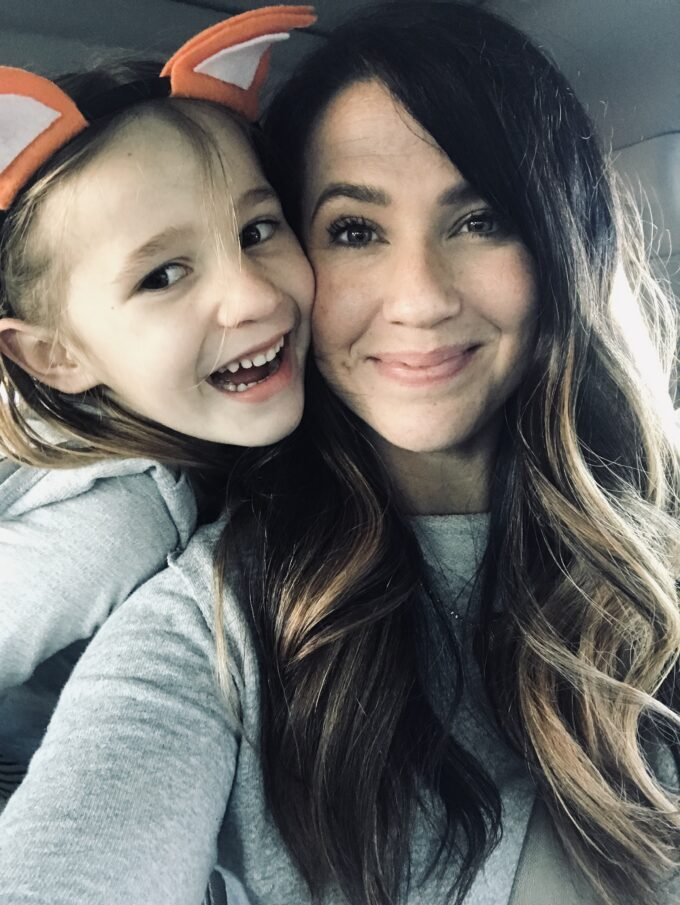 mom and daughter selfie solo parenting