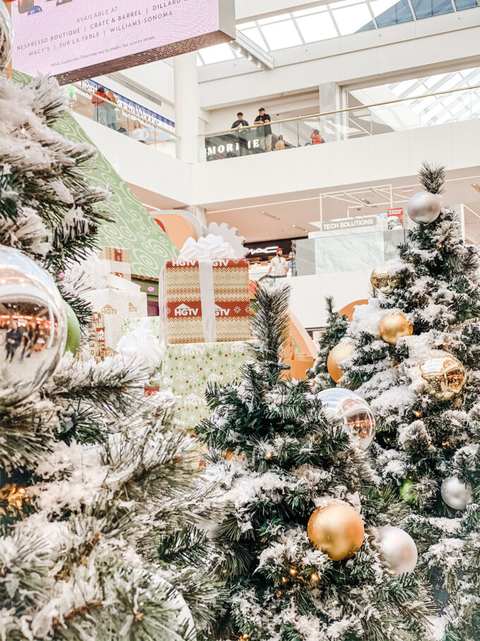 mall christmas trees