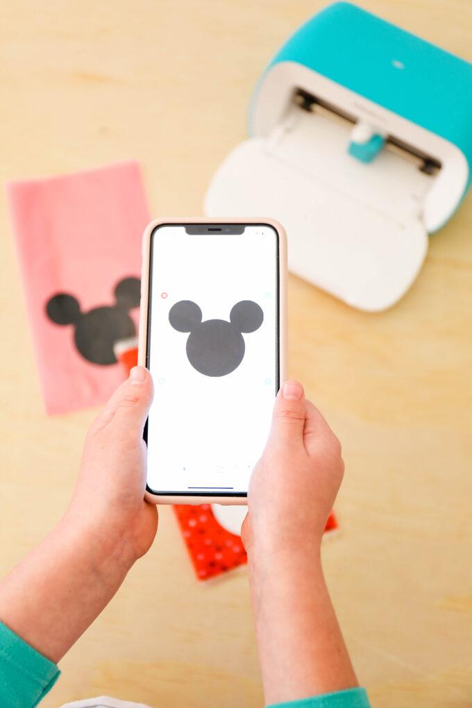 using iPhone to create with Cricut Joy