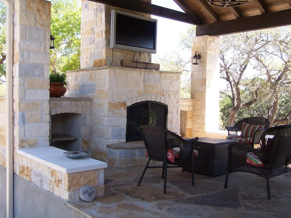 Custom Hill Country Outdoor Kitchen Builder - CMW General ...