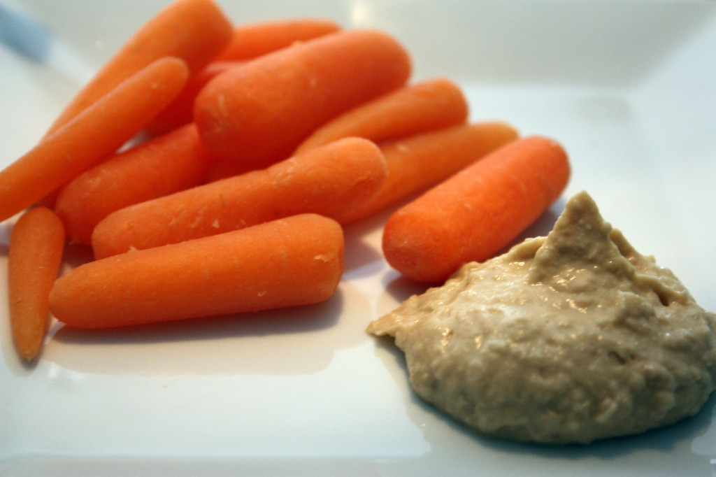 Carrots with Hummus