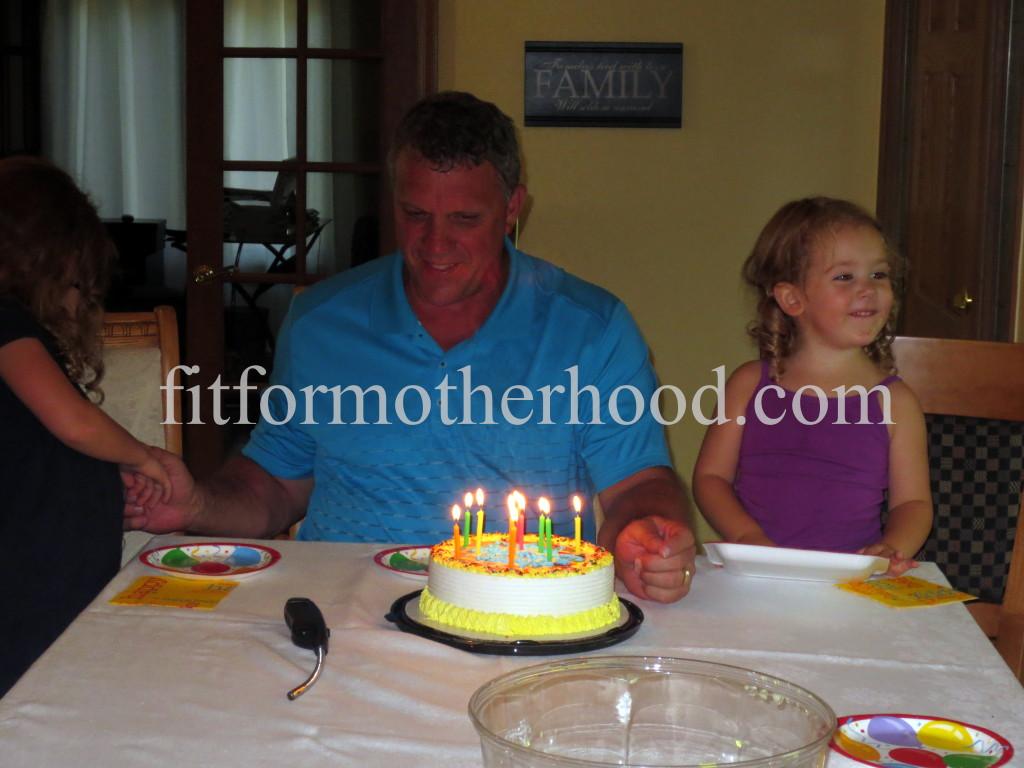mimm - papa's birthday papa isabella sophia signing 2