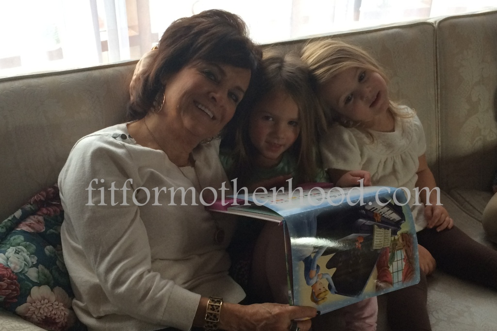 mimm - thanksgiving 2014 - mimi isabella sophia couch