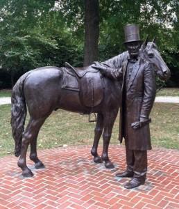Lincoln Cottage statue2