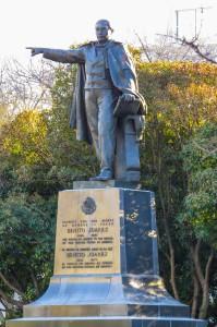 Juarez statue