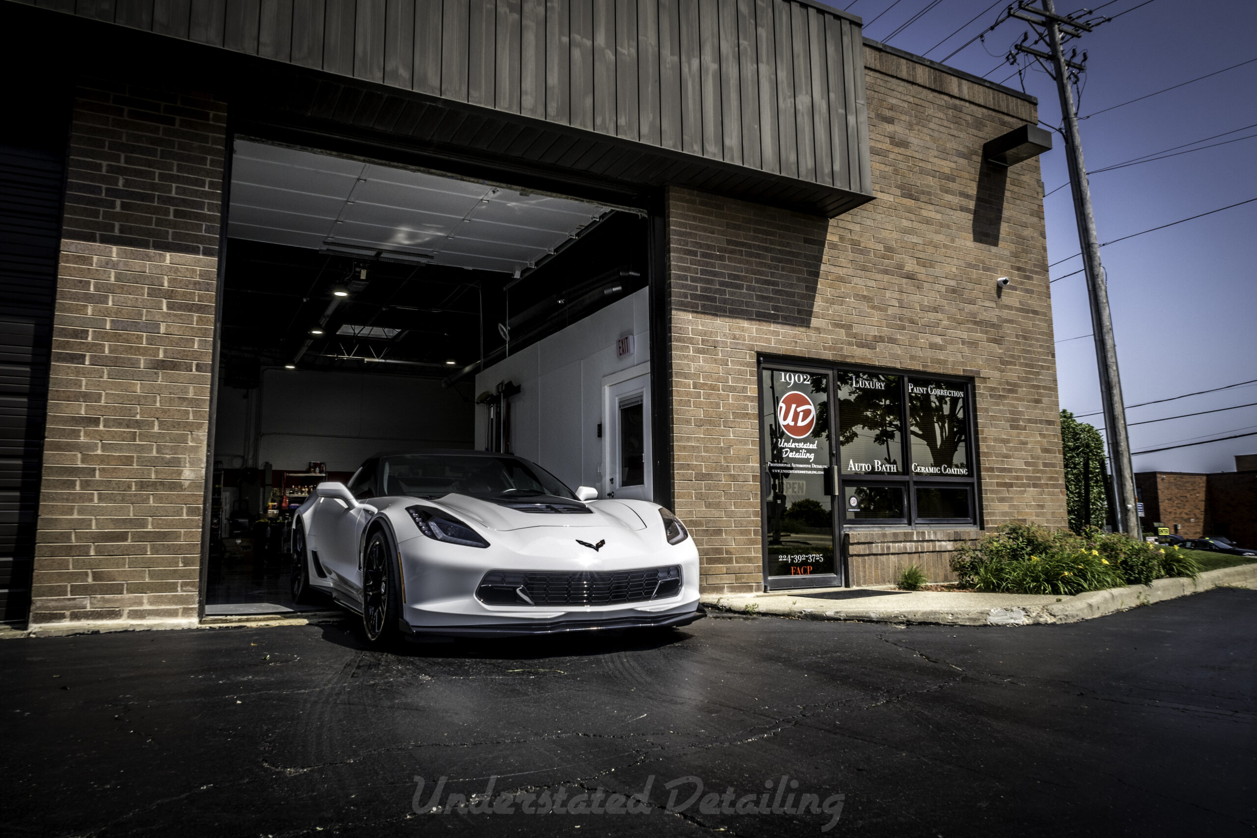 Tony C7 Vette and shop