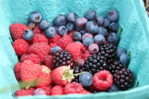 How to Pick Berries with a 3-Year-Old by @letmestart | Or, As if I Needed Another Reason to Hate Max and Ruby | parenting humor | funny lists | farm with kids