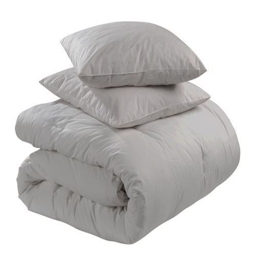 We launder quilts, comforters sleeping bags ect. (Priced by size)