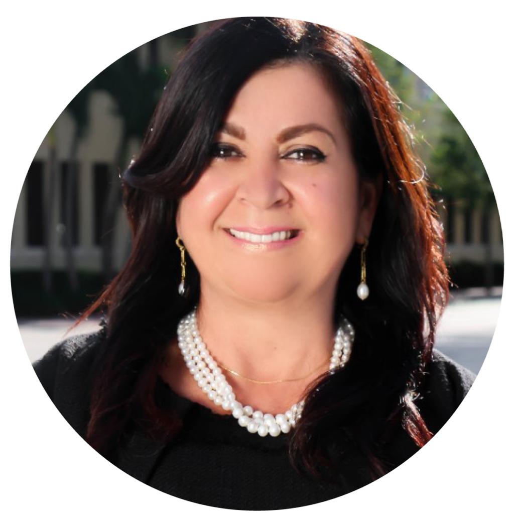 Eva Dias, a featured speaker in our webinars.