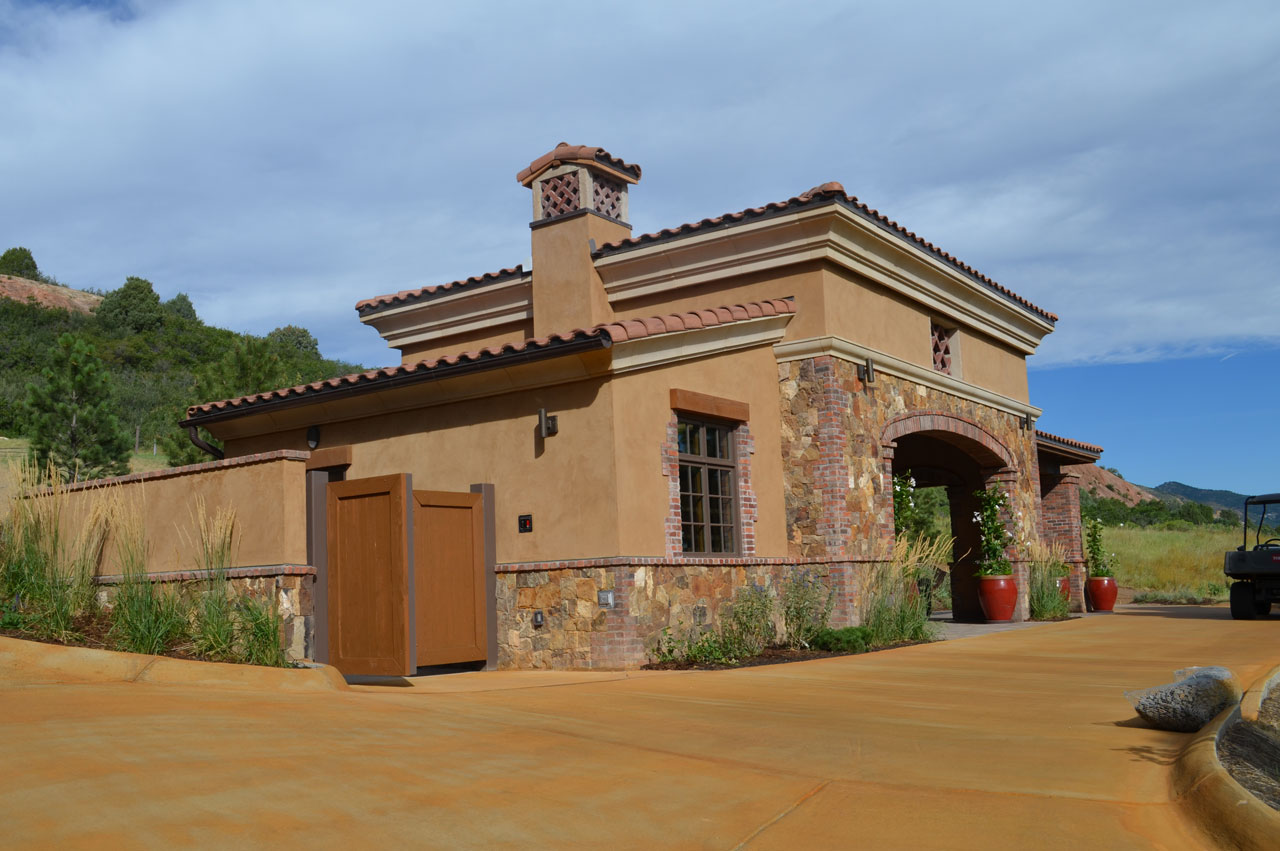 Ravenna Country Club Halfway House