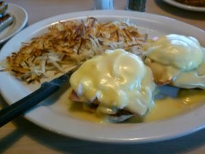 Gina's Eggs Benedict with Hollandaise Sauce