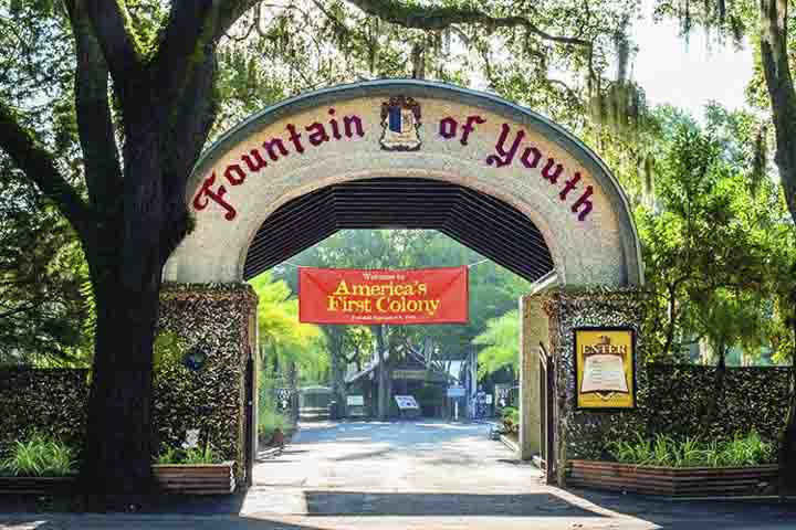 Things to do in St. Augustine Florida in 2020: drink from The Fountain of Youth