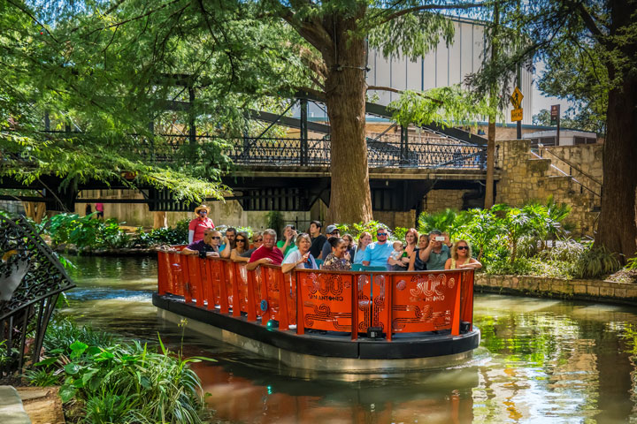 20 Top Things to Do in San Antonio in 2020:  The River Walk