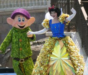 Shanghai Disneyland, Shanghai, Asia, China, Newest Disneyland, Largest Disney Castle, Traveling with kids, family travel