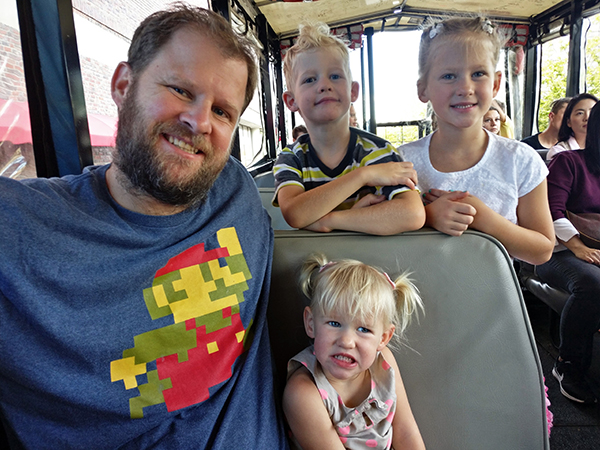 Duck Tours, DUKW, Diapersonaplane, Diapers on a plane, boston, massachusetts, creating family memories, family travel, traveling with kids, charles river, boat, car, tours, history