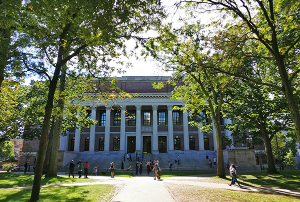 Harvard University, College, Cambridge, America's First College, Boston, Massachusetts, History, Diapersonaplane, Diapers On A Plane, creating family memories, family travel, traveling with kids