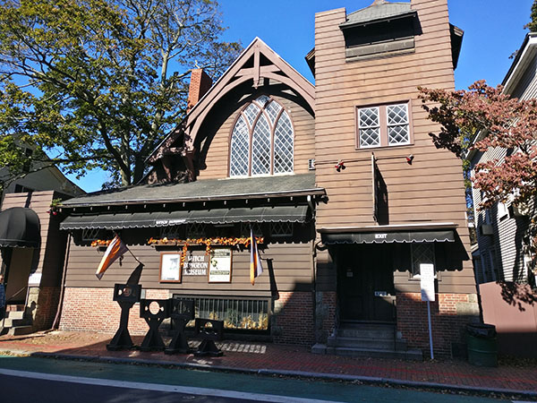 Witch Dungeon Museum, Salem, Massachusetts, Witch City, Halloween in Salem, Diapersonaplane, Diapers on a plane, family travel, creating family memories, traveling with kids