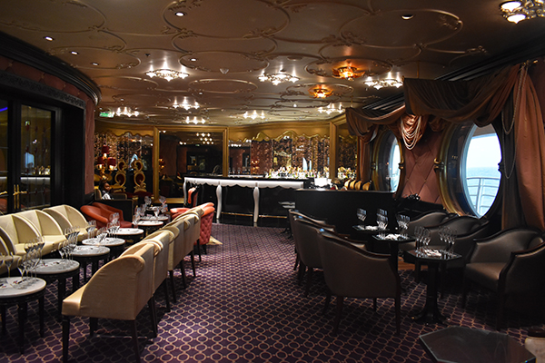 Disney Cruise, After Hours, Live Shows, Intimate Performances, Puppetry, Board Games, Live TV, Sports, Drinks, Adults Only, 18+, diapersonaplane, diapers on a plane, traveling with kids, family travel, creating family memories
