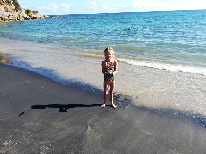 Worldschooling Lesson Guide for Black Sand Beach in Puerto Rico (Free)