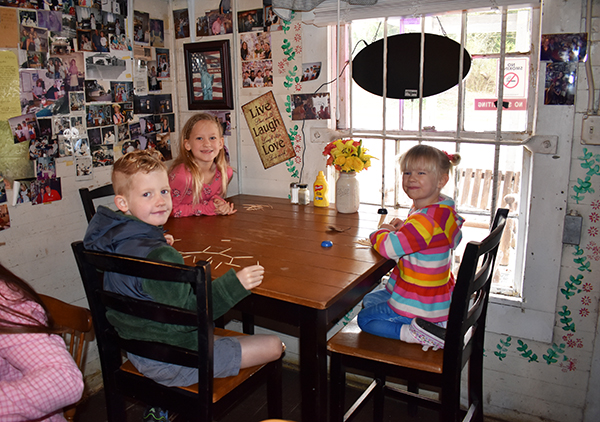 Stilesboro Biscuits, Best southern breakfast in atlanta, biscuits and gravy, traveling with kids, family travel