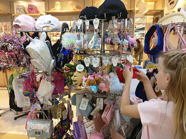 Underground Market with Kids in South Korea
