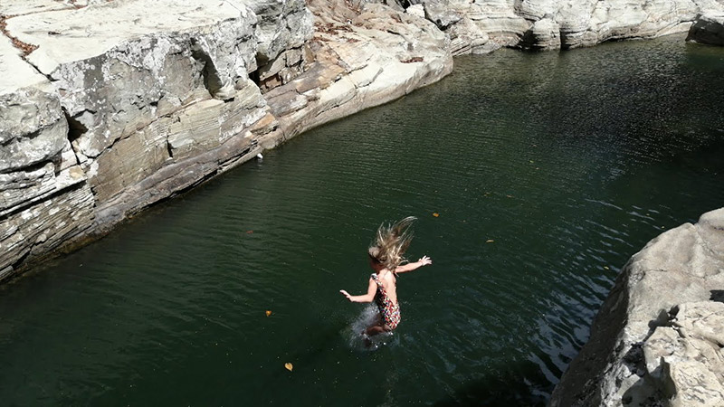 Cliff Jumping Los Cajones