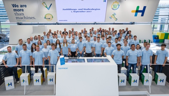 99 Students/Trainees Start Programs at Heidelberg