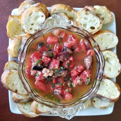 Snackulas – Tomato Basil Crostini