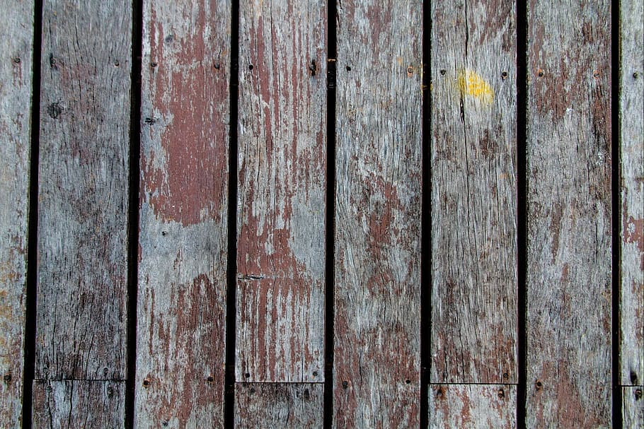 how to finish reclaimed wood with paint