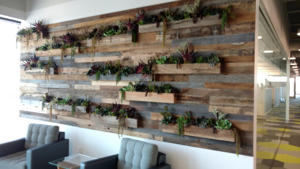 mixed-wood-antique-oak-wall