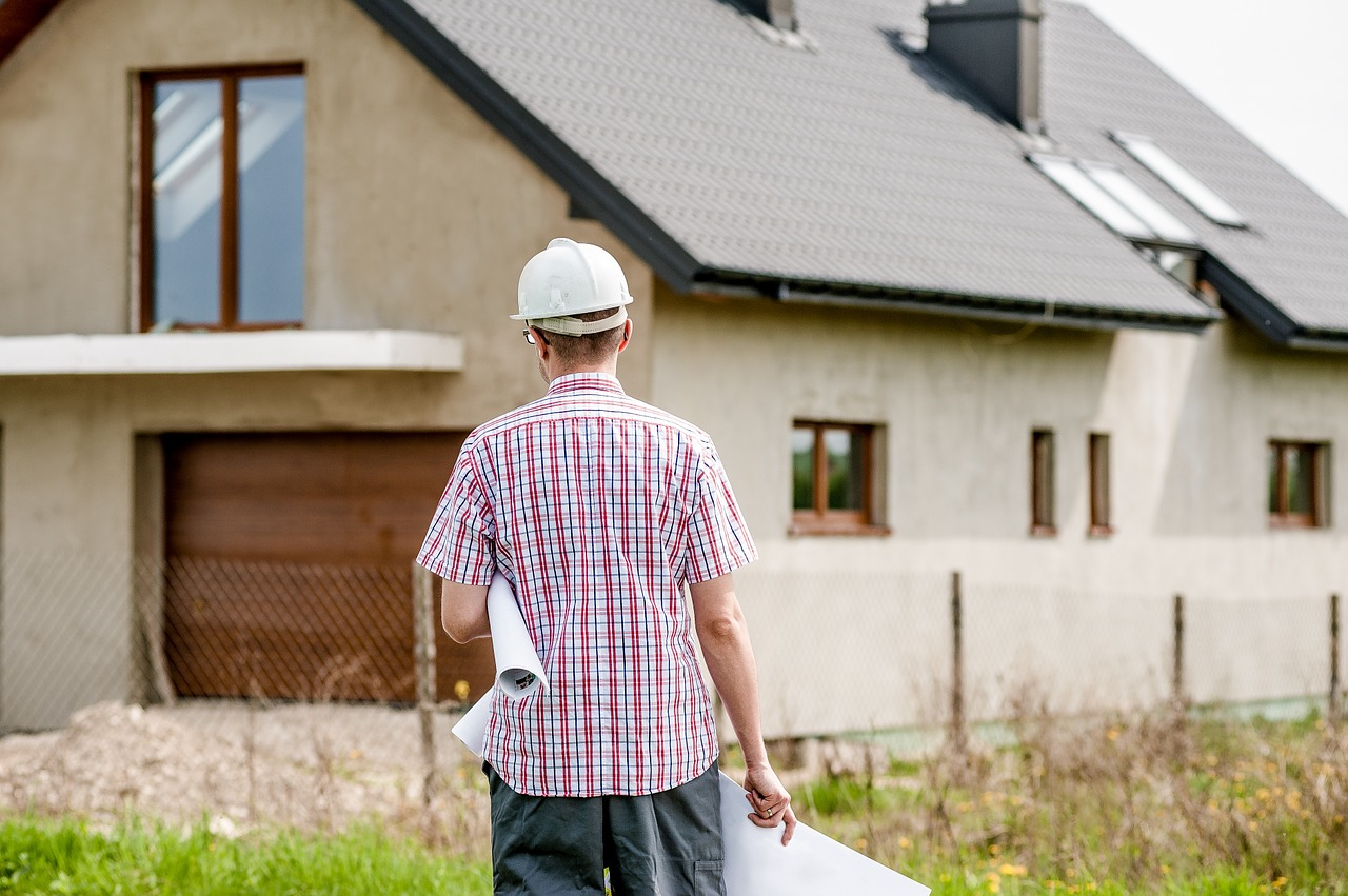 what is the role of contractor