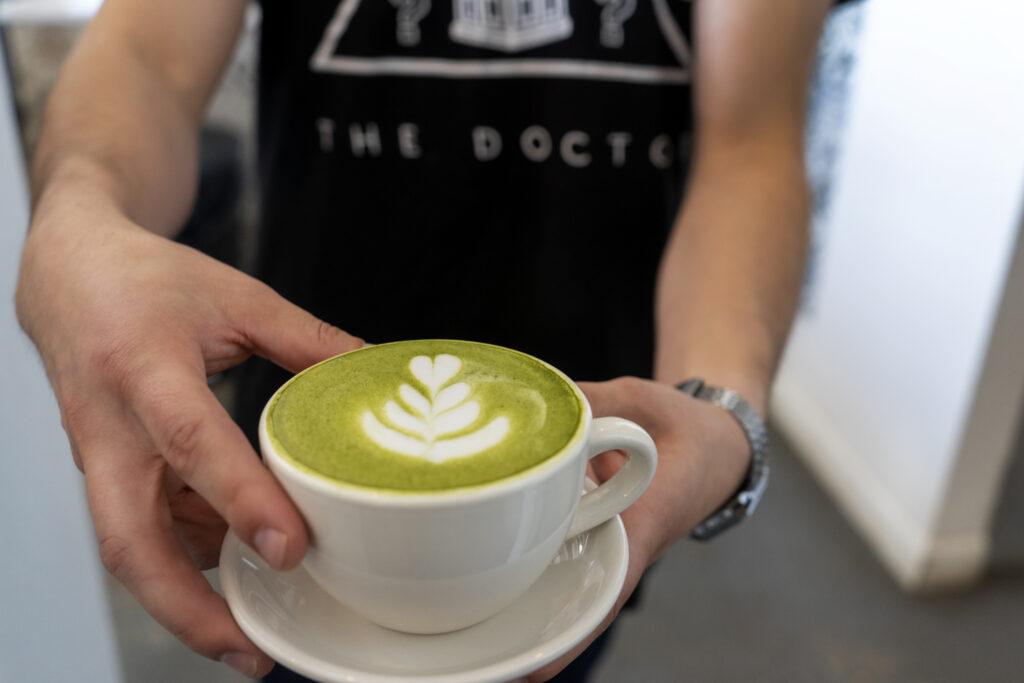 Matcha latte El Paso mas y menos