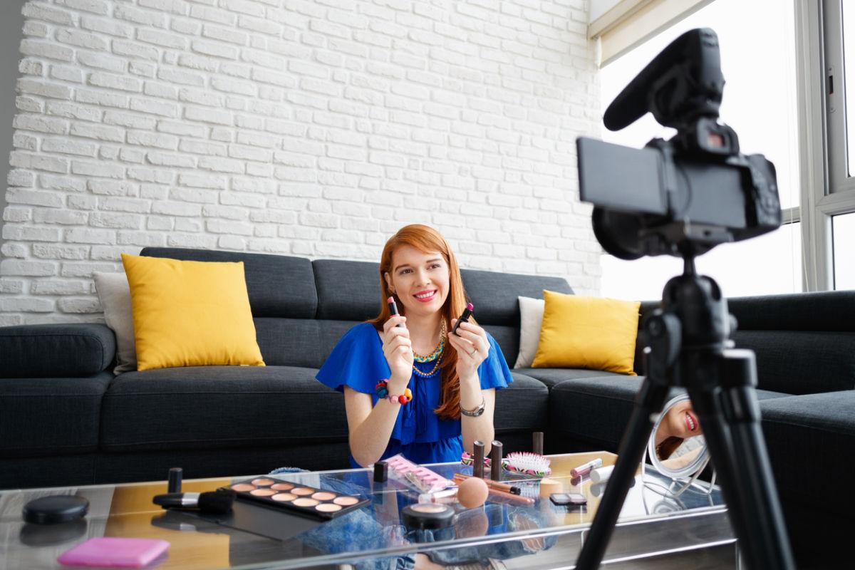 Veja como escolher um bom digital influencer e faça uma campanha de sucesso.