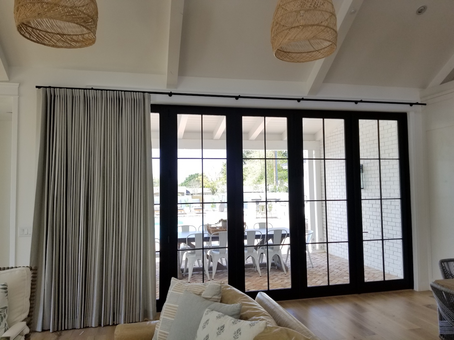 Great Window Treatments Ideas for Sliding Glass Doors