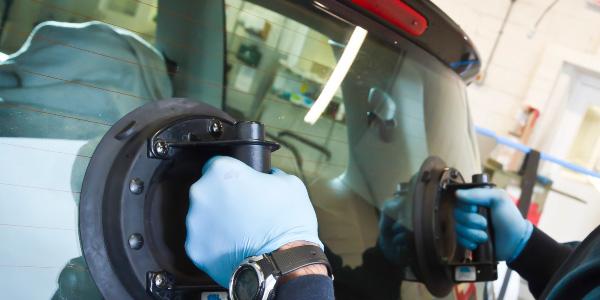San Antonio Rear Window Repair Replacement Broken Auto Glass