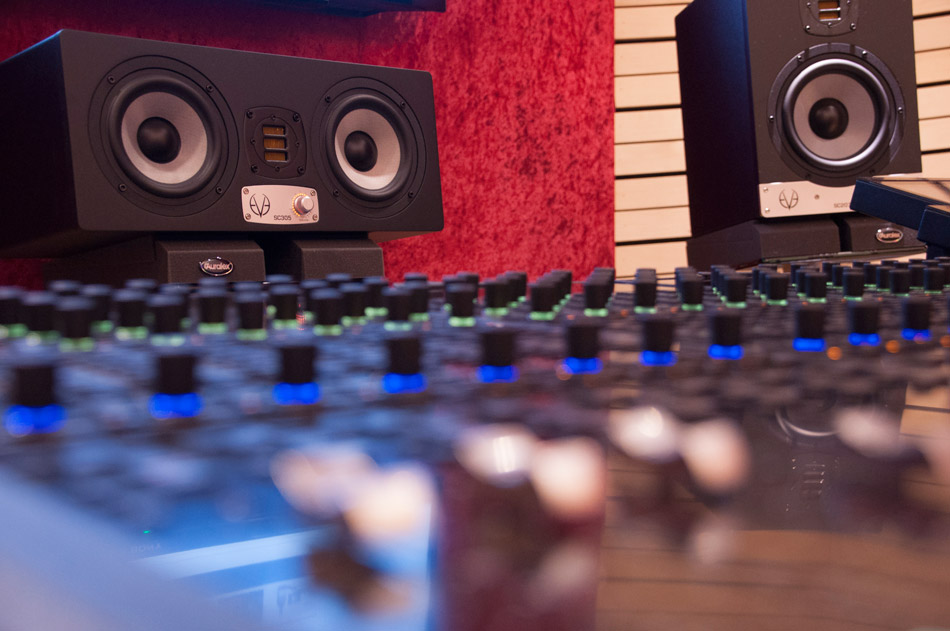 Ear Fatigue – 1 Common Way To Screw Up A New Track