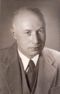 Dr.Alexander Friedman