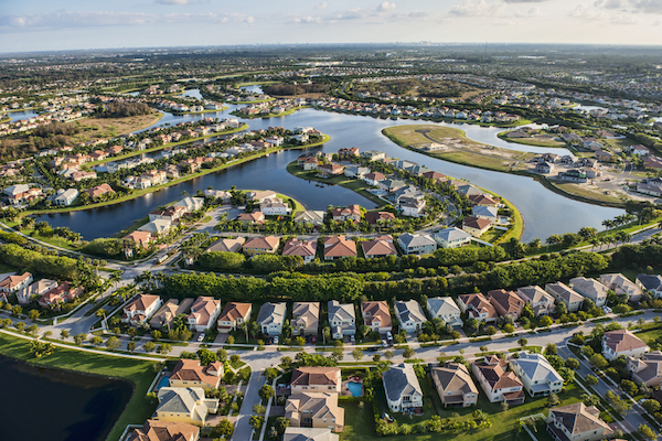 https://secureservercdn.net/198.71.233.68/6k9.4b3.myftpupload.com/wp-content/uploads/2020/07/home-owners-associations-Florida-laws.jpg?time=1604026192