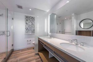 Baptist Hilton Bathroom