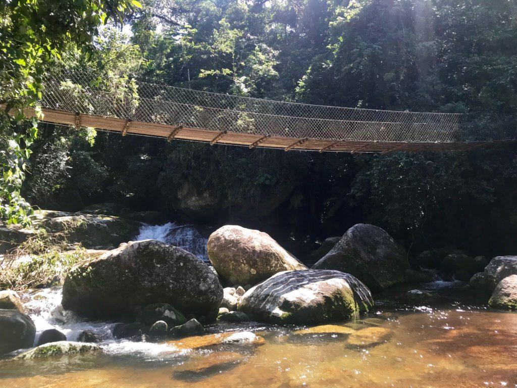Ponte cachoeira do Lajeado