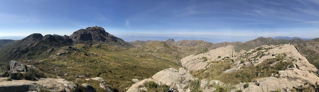 Pedra do Altar 11° Maior montanha do Brasil
