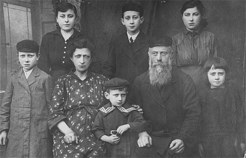 Goldstein Family before the war