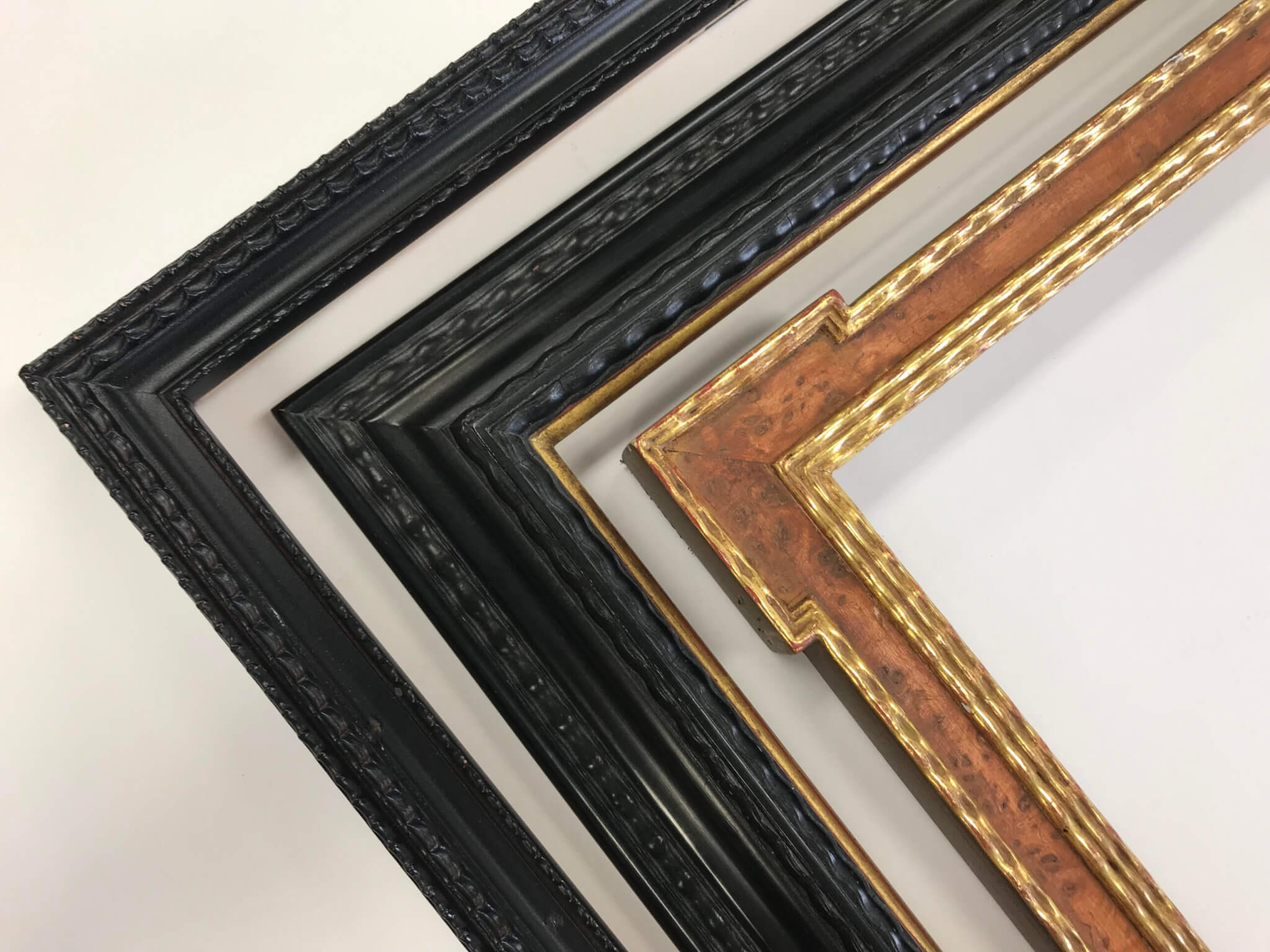 Narrow Dutch Frames. Dutch frames Ebonized Wood frames Antique black dutch frames Gilded dutch frames Veneered wood frames Custom wood frames Antique finish frames Burled wood frames Custom Burled wood frames 22k gold leaf picture frames Chicago gilded frames Chicago gold leaf frames Custom Lacquer frames Chicago Portrait frames Artifact Services Chicago