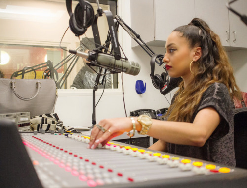 Nic Mora X Tea Time Radio With Ivy Rivera