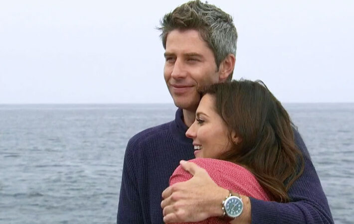 Arie thinks he is so comfortable with Becca, but he actually gets off on Lauren B. with holding from everything.