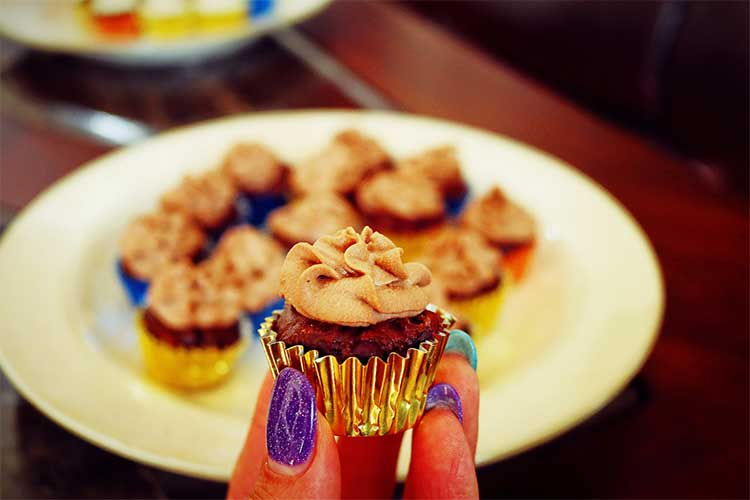 Mini Vegan Cupcakes