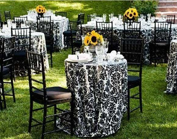 Damask and Ombre wedding posted on Hand-Painted Weddings